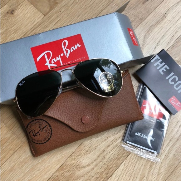 a61848be3ae05 NEW Ray-Ban Aviator Classic Gold Sunglasses